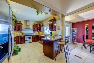 """Photo 10: 70 N RANELAGH Avenue in Burnaby: Capitol Hill BN House for sale in """"CAPITAL HILL"""" (Burnaby North)  : MLS®# R2478221"""