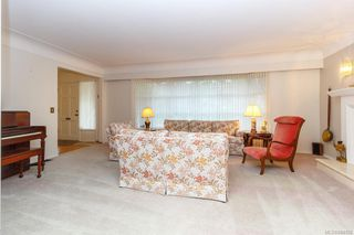 Photo 7: 3564 Redwood Ave in Oak Bay: OB Henderson Single Family Detached for sale : MLS®# 844158