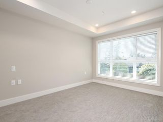 Photo 6: 207 741 Travino Lane in Saanich: SW Royal Oak Condo for sale (Saanich West)  : MLS®# 837951