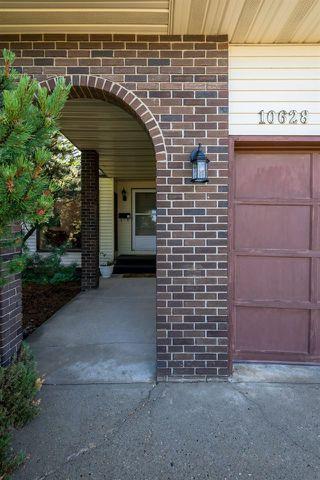 Photo 3: 10628 21 Avenue in Edmonton: Zone 16 House for sale : MLS®# E4212844