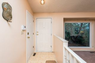 Photo 4: 10628 21 Avenue in Edmonton: Zone 16 House for sale : MLS®# E4212844