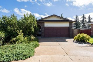 Photo 2: 10628 21 Avenue in Edmonton: Zone 16 House for sale : MLS®# E4212844