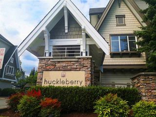 "Photo 1: 48 15871 85 Avenue in Surrey: Fleetwood Tynehead Townhouse for sale in ""HUCKLEBERRY"" : MLS®# R2494639"
