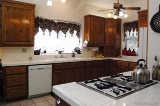 Photo 9: PAUMA VALLEY House for sale : 5 bedrooms : 20121 Hwy 76