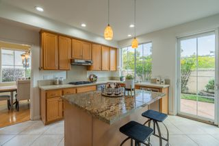 Photo 5: UNIVERSITY CITY House for sale : 4 bedrooms : 5381 Renaissance Ave in San Diego