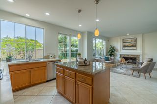 Photo 4: UNIVERSITY CITY House for sale : 4 bedrooms : 5381 Renaissance Ave in San Diego