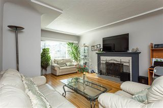 Photo 6: 2915 PARKER Street in Vancouver: Renfrew VE House for sale (Vancouver East)  : MLS®# R2507632