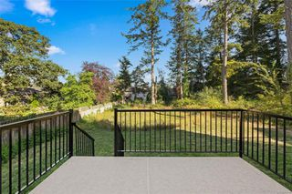 Photo 11: 6 4487 Wilkinson Rd in : SW Royal Oak Row/Townhouse for sale (Saanich West)  : MLS®# 859254