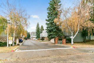 Photo 1: 3054 108 Street in Edmonton: Zone 16 Townhouse for sale : MLS®# E4220426