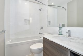 "Photo 14: 2802 602 COMO LAKE Avenue in Coquitlam: Coquitlam West Condo for sale in ""UPTOWN1"" : MLS®# R2519213"