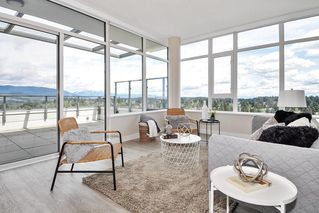 "Photo 2: 2802 602 COMO LAKE Avenue in Coquitlam: Coquitlam West Condo for sale in ""UPTOWN1"" : MLS®# R2519213"