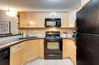 Photo 8: 161 76 Glamis Green SW in Calgary: Glamorgan Row/Townhouse for sale : MLS®# A1053014