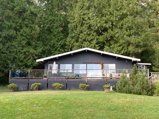 Photo 3: 60 SATER Way: Galiano Island House for sale (Islands-Van. & Gulf)  : MLS®# R2521765