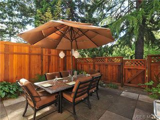Photo 18: 903 640 Broadway St in VICTORIA: SW Glanford Row/Townhouse for sale (Saanich West)  : MLS®# 610799
