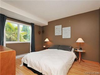 Photo 11: 903 640 Broadway St in VICTORIA: SW Glanford Row/Townhouse for sale (Saanich West)  : MLS®# 610799