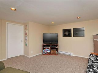 Photo 17: 903 640 Broadway St in VICTORIA: SW Glanford Row/Townhouse for sale (Saanich West)  : MLS®# 610799