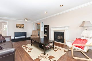"""Photo 6: 2874 153A ST in Surrey: King George Corridor House for sale in """"MAYFIELD"""" (South Surrey White Rock)  : MLS®# F1300140"""