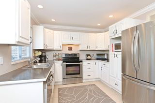 """Photo 7: 2874 153A ST in Surrey: King George Corridor House for sale in """"MAYFIELD"""" (South Surrey White Rock)  : MLS®# F1300140"""