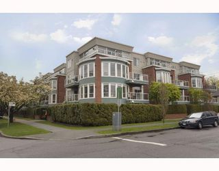 Photo 1: # 108 2288 W 12TH AV in Vancouver: Kitsilano Condo for sale (Vancouver West)  : MLS®# V751487