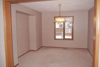 Photo 4: 82 Kendale Drive in Winnipeg: Residential for sale : MLS®# 1325852