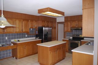 Photo 5: 82 Kendale Drive in Winnipeg: Residential for sale : MLS®# 1325852