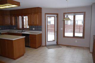 Photo 8: 82 Kendale Drive in Winnipeg: Residential for sale : MLS®# 1325852
