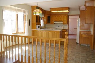 Photo 5: 10 Shorecrest Drive in Winnipeg: Lindenwoods Single Family Detached for sale (South Winnipeg)  : MLS®# 1411741