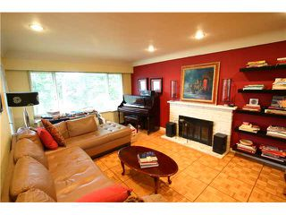 Photo 2: 8311 DALEMORE RD in Richmond: Seafair House for sale : MLS®# V1043543