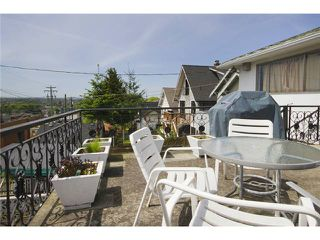 Photo 2: 3656 FRANKLIN ST in Vancouver: Hastings East House for sale (Vancouver East)  : MLS®# V1066629