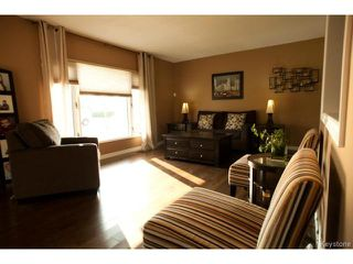 Photo 4: 27 Bramton Street in WINNIPEG: St Vital Residential for sale (South East Winnipeg)  : MLS®# 1418917