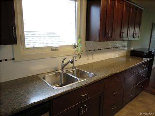 Photo 3: 370 Cabana Place in WINNIPEG: St Boniface Residential for sale (South East Winnipeg)  : MLS®# 1421943