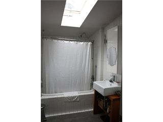 Photo 6: 2128 E PENDER ST in Vancouver: Hastings Multifamily for sale (Vancouver East)  : MLS®# V1056738
