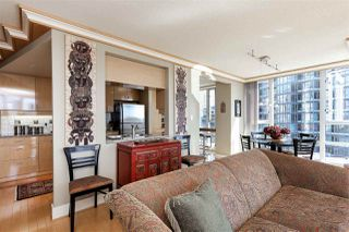 Photo 7: 902 1067 MARINASIDE CRESCENT in Vancouver: Yaletown Condo for sale (Vancouver West)  : MLS®# R2004364