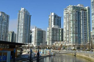 Photo 19: 902 1067 MARINASIDE CRESCENT in Vancouver: Yaletown Condo for sale (Vancouver West)  : MLS®# R2004364