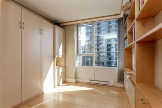 Photo 16: 902 1067 MARINASIDE CRESCENT in Vancouver: Yaletown Condo for sale (Vancouver West)  : MLS®# R2004364