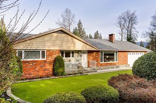 Photo 1: 660 GATENSBURY STREET in Coquitlam: Central Coquitlam House for sale : MLS®# R2040132