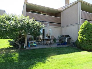 Photo 21: 9 1555 Summit Drive in Kamloops: Sahali Multifamily for sale : MLS®# 136505
