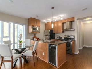 Photo 5: 1501 689 ABBOTT STREET in Vancouver: Downtown VW Condo for sale (Vancouver West)  : MLS®# R2133550