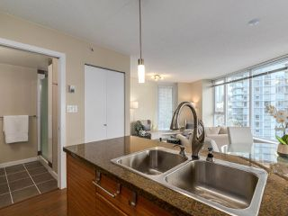 Photo 7: 1501 689 ABBOTT STREET in Vancouver: Downtown VW Condo for sale (Vancouver West)  : MLS®# R2133550
