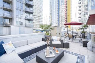 Photo 1: 133 REGIMENT SQUARE in Vancouver: Downtown VW Townhouse for sale (Vancouver West)  : MLS®# R2152733