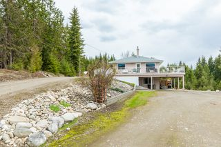 Photo 2: 6690 Southeast 20 Avenue in Salmon Arm: South Canoe House for sale (SE Salmon Arm)  : MLS®# 10148213