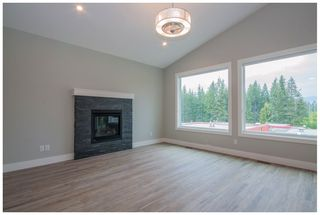 Photo 6: 2171 Southeast 14 Avenue in Salmon Arm: Hillcrest Heights House for sale : MLS®# 10167747