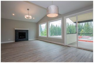 Photo 13: 2171 Southeast 14 Avenue in Salmon Arm: Hillcrest Heights House for sale : MLS®# 10167747
