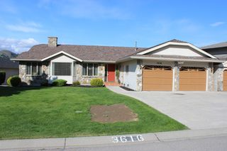 Main Photo: 3616 Navatanee Drive in Kamloops: South Thompson House for sale : MLS®# 151541