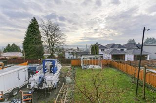 Photo 15: 942 STEWART Avenue in Coquitlam: Maillardville House for sale : MLS®# R2423899