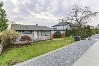 Photo 2: 942 STEWART Avenue in Coquitlam: Maillardville House for sale : MLS®# R2423899