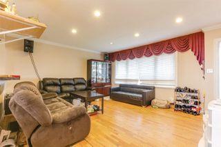 Photo 3: 942 STEWART Avenue in Coquitlam: Maillardville House for sale : MLS®# R2423899