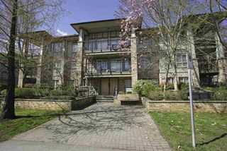 Main Photo: 407 8717 160 Street in Surrey: Fleetwood Tynehead Condo for sale : MLS®# R2447461