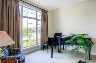 Photo 3: 59 Northport Bay in Winnipeg: Royalwood Single Family Detached for sale (2J)  : MLS®# 202011321