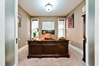 Photo 9: 57 QUARRY Way SE in Calgary: Douglasdale/Glen Detached for sale : MLS®# A1019379